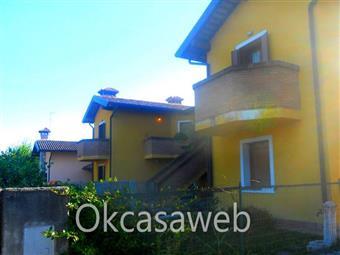 Villa a schiera in Dante Alighieri, Capriva Del Friuli