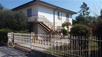 Villa, Cadoneghe, da ristrutturare