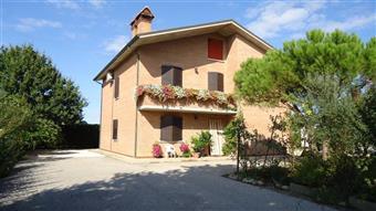 Villino, Gaibanella, Ferrara, in ottime condizioni
