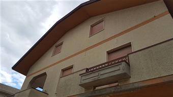Bifamiliare in Villa Pompetti, Teramo