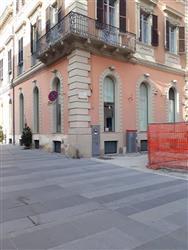 Locale commerciale in Corso S. Giorgio, Centro, Teramo
