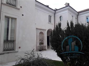 Trilocale in Via Garibaldi, Centro Storico, L'aquila