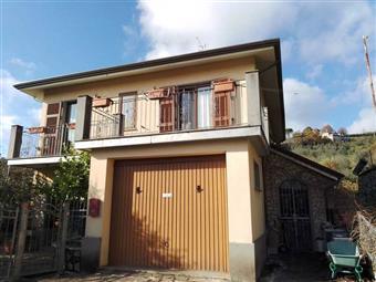 Casa singola, Podenzana, in ottime condizioni