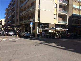 Locale commerciale in Via Imbriani, Mazzini, Lecce