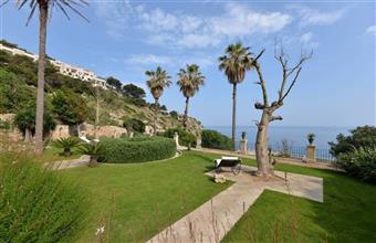 Villa in Via Duca Del Mare, Castro Marina, Castro