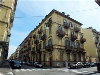 Bilocale, San Salvario , Parco Valentino, Torino, ristrutturato