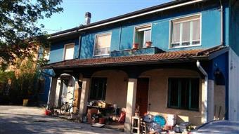 Villa a schiera, Mezzani, da ristrutturare