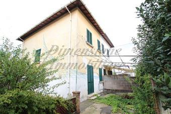 Casa semi indipendente in Via Francesco Domenico Guerrazzi, Rosignano Solvay, Rosignano Marittimo