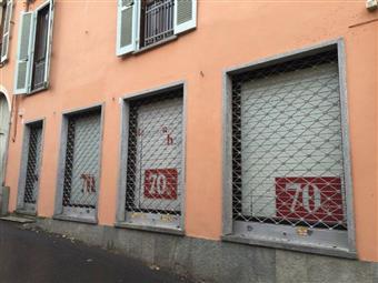 Locale commerciale in Via Capra, Rivoli