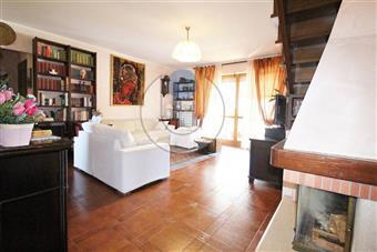 Appartamento in Via Foscolo, Venaria Reale