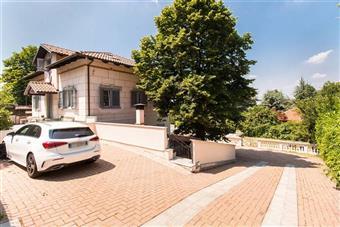 Villa in Strada Del Colle, Pecetto Torinese