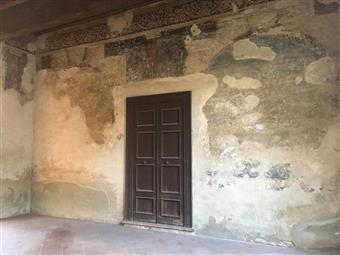 Locale commerciale, Centro Storico, Mantova, da ristrutturare