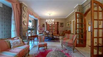 Appartamento in Via Carolina Internari, Livorno