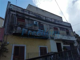 Trilocale in Via Curia, Catania