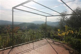 CaseLa Spezia - Casa semi indipendente, Ceparana, Bolano, da ristrutturare