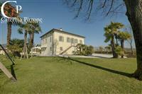 Vendita Villa Sant'Anna LUCCA (LU)