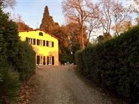 Affitto Villa Campo di marte/ Le cure/ Coverciano FIRENZE (FI)