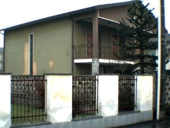 Casa singola, Gambolo'