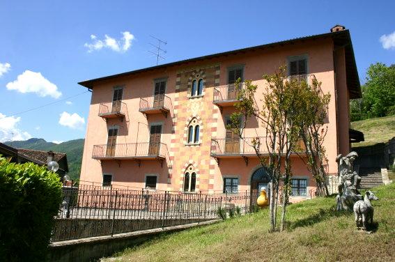Vendita villa alzano lombardo ristrutturata - Piscina alzano lombardo ...