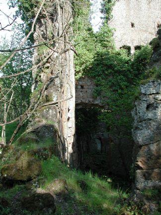 Vendita castello fuori roma roma da ristrutturare rif for Affitto castello roma