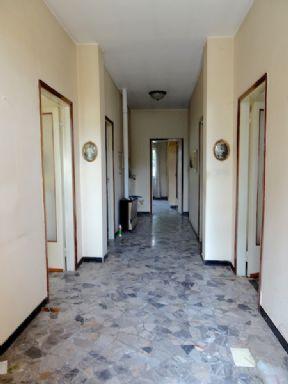 Vendita casa singola bagnatica da ristrutturare riscaldamento inesistente rif ri 3030 - Acquisto casa da ristrutturare ...