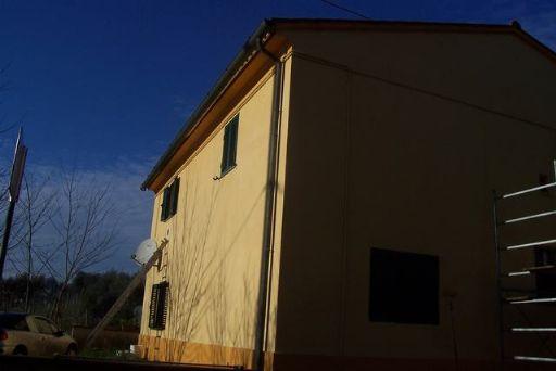Appartamento indipendente abitabile in zona Crespina a Crespina Lorenzana