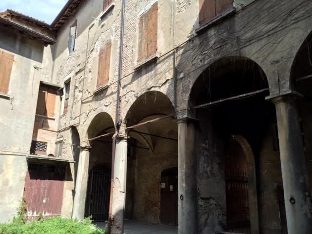 Vendita casa semi indipendente centro storico reggio - Lavoro da casa reggio emilia ...