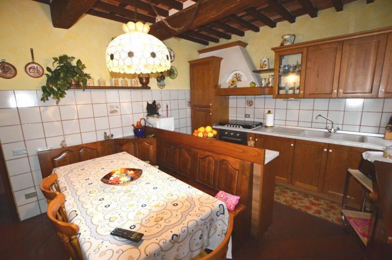 Foto: Appartamento indipendente, Sant'angelo In Campo, Lucca, abitabile