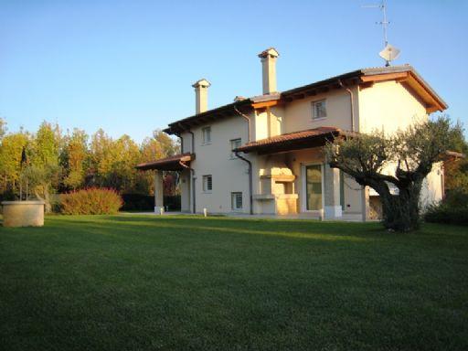 Annuncio Villa In Vendita