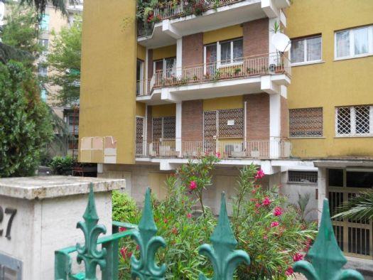 Vendita Appartamento, Roma, da ristrutturare - Rif. RI-5776