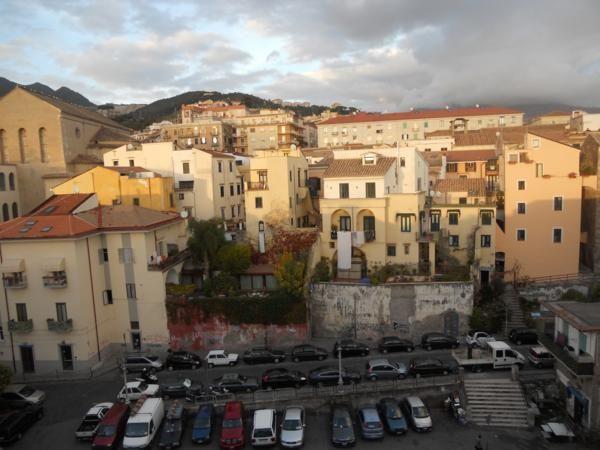 Vendita trilocale centro storico salerno ristrutturato for Case in vendita salerno centro