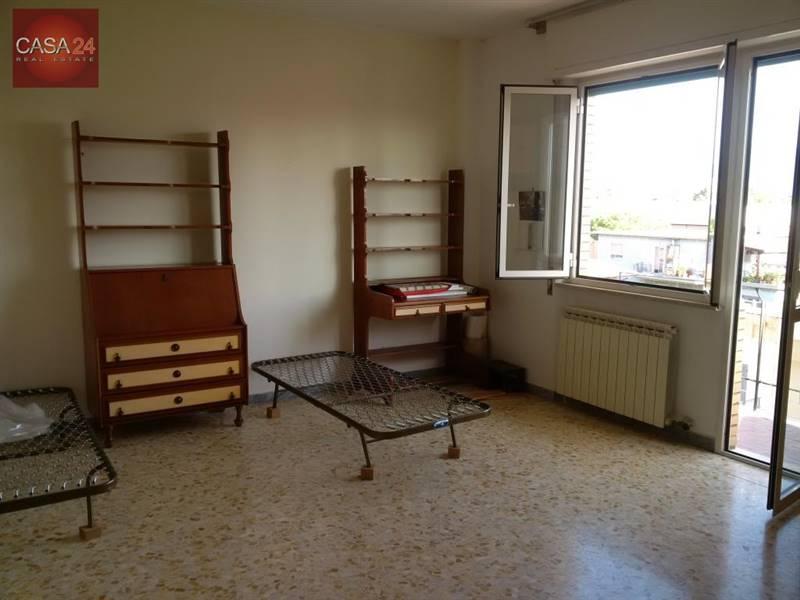Foto: Quadrilocale in Via Calatafimi, Centro Storico, Latina