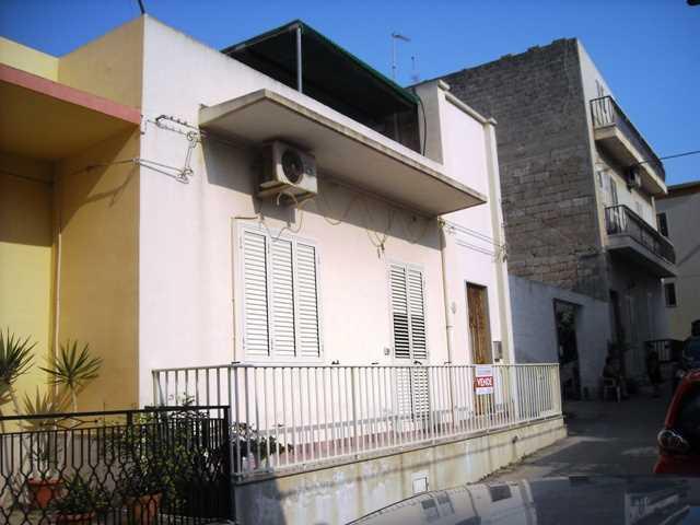 Ufficio Postale Donnalucata : Casa in affitto a donnalucata iha