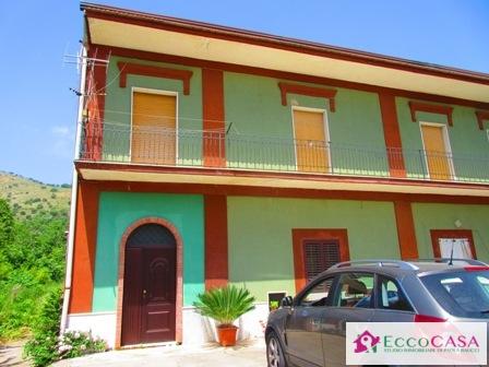 Affitto casa singola via degli archi valle di maddaloni for Siti di case in affitto