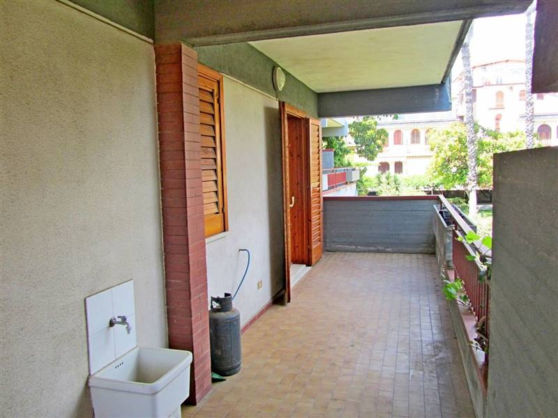 Affitto trilocale giardini giardini naxos rif ri 357 for Locazione commerciale transitoria