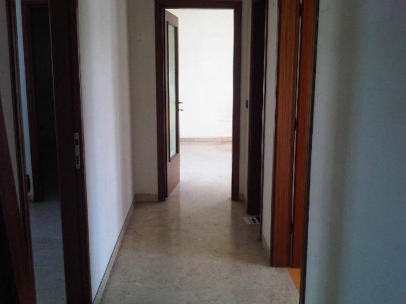 in affitto Ufficio, Strada Torre Tresca, Picone, Bari ...