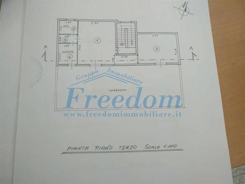 39871f5f-3c2f-436a-940b-6d11cdc4f606.jpg
