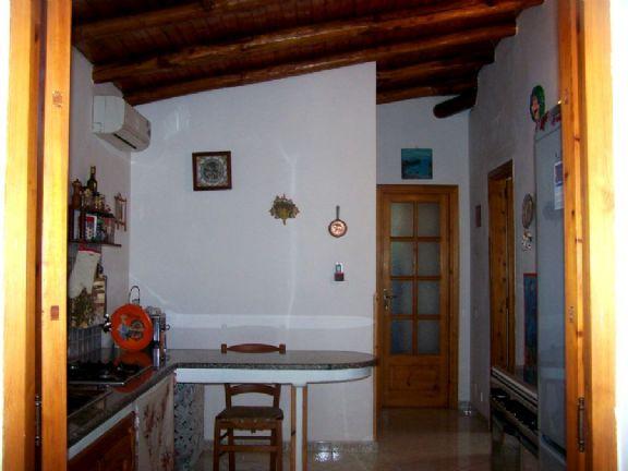 Vendita casa singola porticello lipari in ottime for Case arredate in affitto porticello